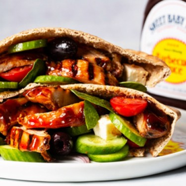 BARBECUE CHICKEN PITA POCKETS